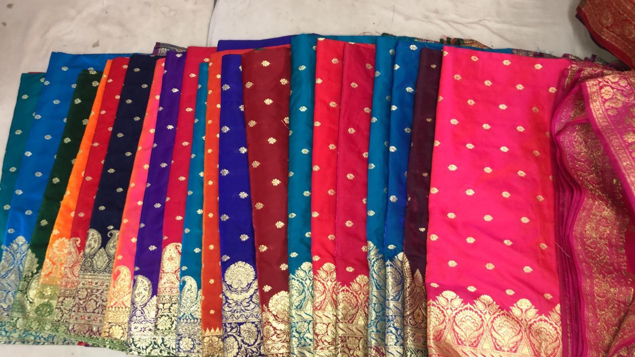 Banarasi-Shalu-Saree-Butta-Style